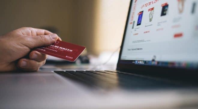 Πώς κάνω αγορά online με κάρτα